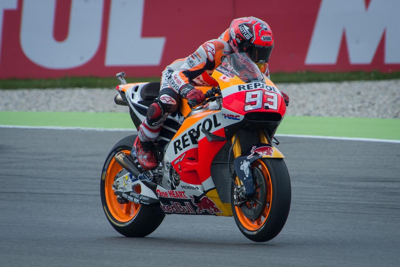 Photo of MotoGP, al via il rush finale